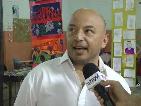 Colorida muestra en la Escuela Secundaria Nº 15 - TSN Noticias